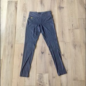 Lolë Legging Workout Pants
